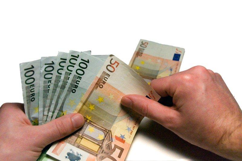 Jaké jsou sankce za předčasné splacení hypotéky při prodeji domu?